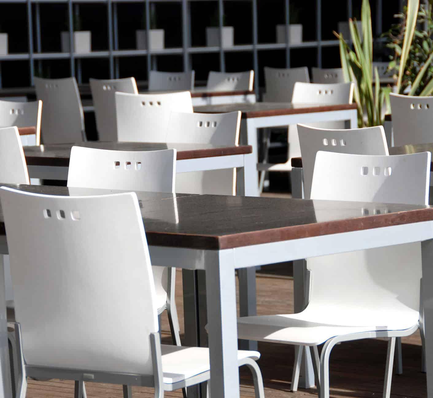 Noleggio sedie e tavoli