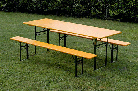 Noleggio panche e tavoli